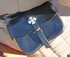 girdle-purse-simple